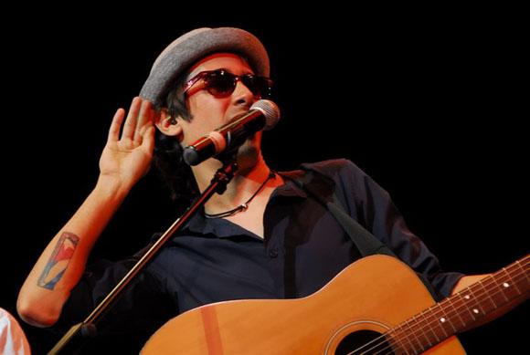 Presentará Adrián Berazaín temas de su nuevo álbum!